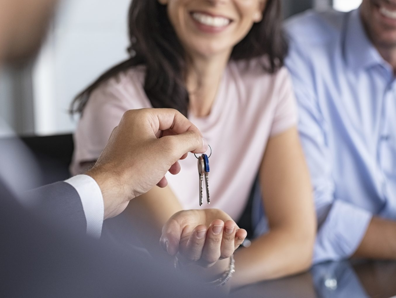 3 Ways Offshoring Can Help Real Estate Agents Improve their KPI